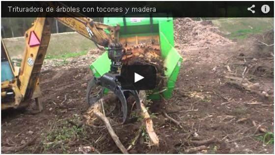 Video de máquina trituradora trabajando