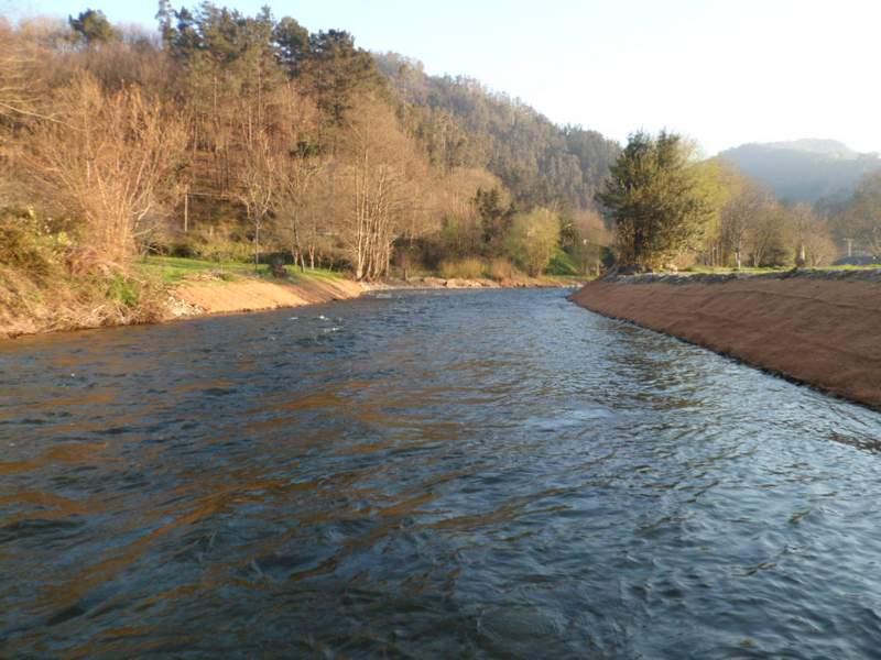 Obra terminada en el río Llorín